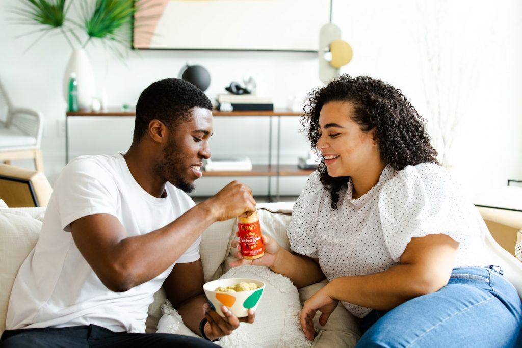 о работе с dating вертикалью